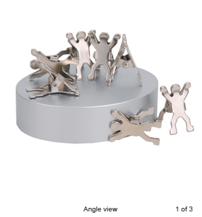 8 Man Paper Clip with Magnet Base (PP.AC7001)